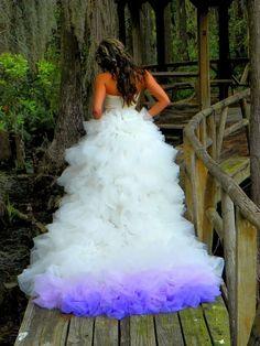 88efd783f Esses vestidos de casamento Dip Dye (degradê) conquistaram a internet
