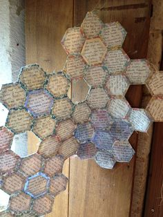 Susi Bancroft 'a delicate rhythm', I like the patchwork which is missing parts creates a realistic honeycomb look. A Level Textiles, Tea Bag Art, Altered Canvas, Insect Art, Gcse Art, Recycled Art, Textile Artists, Fabric Art, Word Art