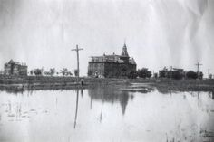 Grand Island (Baptist) College as it appeared in its better days, about in a postcard view. Vintage Photographs, Vintage Photos, Thomas Nagel, Grand Island, Old Pictures, Nebraska, Life Is Good, The Past, Colleges