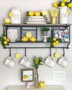 60 Spring & Easter decorating ideas for home coz& spring has sprung & we can. 60 Spring & Easter decorating ideas for home coz& spring has sprung & we can& contain the excitement - Hike n Dip Hacienda Kitchen, Farmhouse Style Kitchen, Modern Farmhouse Kitchens, Farmhouse Decor, Design Room, Küchen Design, Home Design, Lemon Kitchen Decor, Kitchen Decor Themes