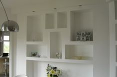 Librerie in cartongesso (Foto Shelf Furniture, Studio Kitchen, Drywall, Built In Shelves, Hallway Decorating, Interiores Design, Home Organization, Home And Living, Living Room Designs