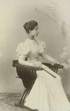 c.1896 Princess Victoria Melita of Saxe-Coburg and Gotha, when Grand Duchess of Hesse (photo by unknown)  (Royal Collection Trust)