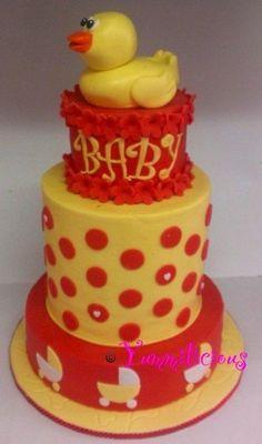 Ducky baby shower cake - Cake by Yummilicious