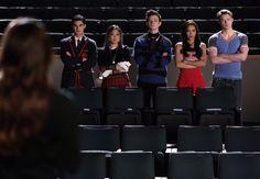 """Blaine, Tina, Kurt, Santana and Sam in Rachel's dream in """"Opening Night"""""""