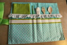 picnic caddy!  But for the child this is great for their lunch box, Lea made one similar to Roma last year for Christmas!