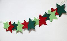 Girlanda+vánoční+červená,+zelená+Velikost+velké+hvězdičky+je+10,7+cm+a+menší+8,5+cm.