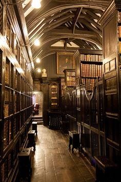 Biblioteca Chetham en Manchester, Reino Unido.