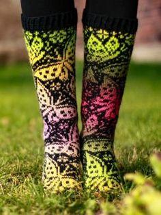 Knitting Ideas, Knitting Patterns, Boot Toppers, Sock Shoes, Leg Warmers, Crocheting, Knitwear, Knit Crochet, Tights