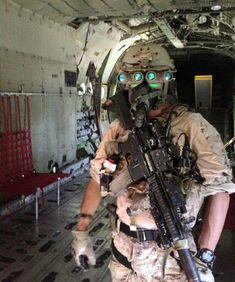 A green eyed monster. DEVGRU (Airsoft impression - Note 416 Bolt - and the altitude to be wearing the halo mask, but not cold enough for a jump jacket apperently)