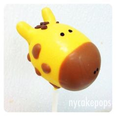 giraffe cake pop      Found on sphotos-a.xx.fbcdn.net
