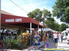 Dining and shopping in Stuart are a MUST!