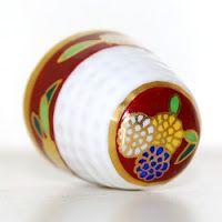 Nowe węgierskie cacka :) Zapraszam! #thimble #thimbles #Herend #naparstek #porcelana #naparstki #dedal #dedales #fingerhut #naprstky #handpainted #reczniemalowane #collectibles #collection #kolekcja #kolekcjonerstwo #Hungary #Wegry #mojakolekcjanaparstkow #mythimblecollection #collecionofthimbles #bonechina #muzeumporcelny #porcelain #collecting