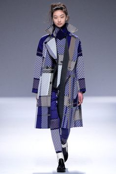 Issey Miyake | Fall 2013 Ready-to-Wear Collection | Style.com