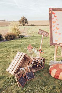 caisses en bois et espace #photobooth ...mariage champêtre , vintage