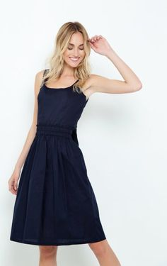 Οι 10 καλύτερες εικόνες του πίνακα Φορέματα online  6707117287e