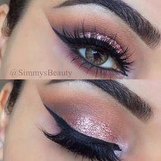 Eye Kandy's glitter in Double Bubble  www.eyekandycosmetics.com