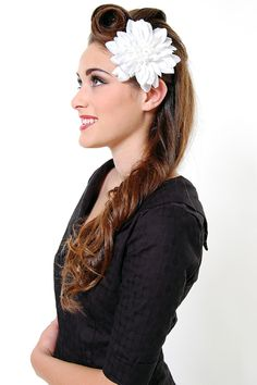 I really wanted to find an appropriate 50s style hat, but had a really hard time finding anything. Most styles were 40s, not 50s. So I opted for the ever-popular hair flower instead.