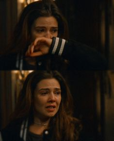 Sad Girl Photography, Emotional Photography, Photography Poses For Men, Danielle Campbell The Originals, Teen Wolf, Funny Profile Pictures, Davina Claire, Crying Girl, Wattpad