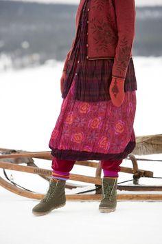 Gudrun Sjödéns Winterkollektion 2014 - Der Wenderock aus Öko-Baumwolle bietet gleich zwei mögliche Muster: kariert und floral.