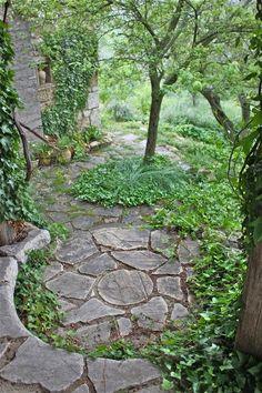 Love the idea of a curved flagstone seat in the corner of the yard, somewhere charming under the trees. Stone Garden Paths, Garden Stones, Stone Walkway, Stone Pathways, Unique Gardens, Beautiful Gardens, Path Ideas, Veranda, Garden Art