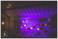 Wedding in Bourgogne, Laetitia Mayor - Florésie #wedding #flowers #France #bourgogne #dahlias #neon #bar