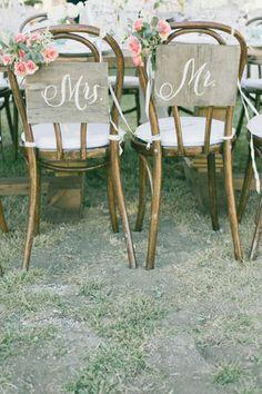 13 Sweet Wedding Chair Decor Ideas | weddingsonline