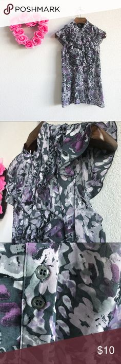 Heavy Ruffle Cap Sleeve Work Top Pre-loved but in good condition! No stains, snags, or tears upon inspection. (0262)   PRODUCT DETAILS: •Size: Small •Colors: Purple, Gray, Black •Made in China •Measurements: Chest-18inch Length-30inch •Cap Sleeve •100% Polyester (Chiffon)  •Machine Wash •Elastic Waistband •Button Down / Up •Ruffle Detailing •Abstract Floral Print •Semi-Sheer  Tags: blouse shirt over career business professional church school Tie dye Como Black Tops Blouses