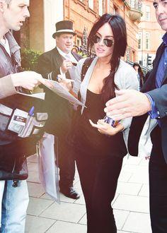 Megan Fox signing autographs