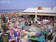 Sol Beach is een van de bekendste strandtenten in Scheveningen. Geniet hier van een heerlijke BBQ aan het strand! Dat is pas zomers genieten!