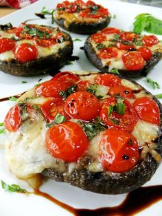 Caprese Style Portobello Mushrooms and more #food #healthy #debt