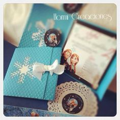 Invitacion de Frozen Frozen Birthday Theme, Frozen Theme, Frozen Party, Birthday Party Themes, Frozen Princess, Alice, Ideas Para Fiestas, Party Cakes, Elsa