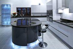 Siyah Beyaz Akrilik Mutfak Modelleri