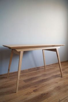 """Biurko,stół """"Just Oak Classic"""" od Pracownia EMBE Wood Furniture, Living Room, Classic, Table, Etsy, Home Decor, Homemade Home Decor, Timber Furniture, Sitting Rooms"""