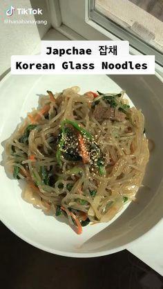 Asian Noodle Recipes, Indian Food Recipes, Asian Recipes, Healthy Recipes, Easy Glass Noodle Recipe, Korean Glass Noodles, Japchae, Korean Food, Food Videos