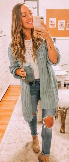 Popular Fall Outfits To Update Your Wardrobe Cardigan Outfits, Cardigan Fashion, Grey Cardigan, Casual Outfits, Cute Outfits, Batwing Cardigan, Fall Winter Outfits, Autumn Winter Fashion, Fall Fashion