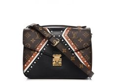 Buy and sell authentic handbags including the Louis Vuitton Pochette Metis Monogram MM in Canvas with Brass and thousands of other used handbags. Pre Owned Louis Vuitton, Louis Vuitton Handbags, Louis Vuitton Monogram, Luxury Handbags, Authentic Louis Vuitton, Calf Leather, Leather Handbags, Shoulder Bag, Brown