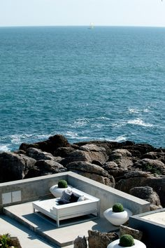 On the coast of the Portuguese village of Cascais, Farol Design Hotel connects seaside tranquility to the fashion world with rooms decorated by fashion designers. World Cities, Countries Of The World, Design Hotel, Portugal Country, Travel Sights, Sites Touristiques, Luxury Travel, Luxury Hotels, Portugal Travel