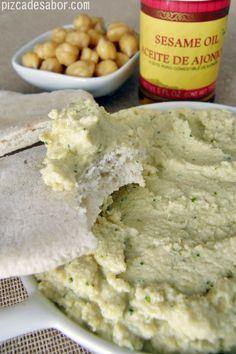 Hummus (sin tahini) – Pizca de Sabor Veggie Recipes, Vegetarian Recipes, Cooking Recipes, Hipster Food, Tahini, Clean Eating, Food And Drink, Veggies, Yummy Food