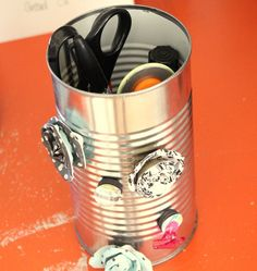 magnetic can