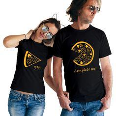 39 New Ideas sweatshirt vinyl ideas Cute Couple Shirts, Couple Tees, Matching Couple Outfits, T Shirt Couple, Matching Shirts For Couples, Sweatshirt Outfit, Sweatshirt Refashion, Couple T Shirt Design, Shirt Print Design