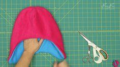 Fleece Hat with Ear Flaps Pattern (free) with tutorial ♥ Fleece Fun Fleece Hat Pattern, Fleece Patterns, Hat Patterns To Sew, Fleece Projects, Sewing Projects, Boys Winter Hats, Crochet Baby Boy Hat, Sewing Essentials, Fleece Hats