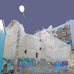 Ballon d'oxygène - 70X70cm- digital art print on photograph paper stuck on alu-dibond-© 2010©Jaja