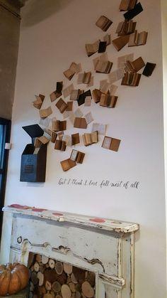 Magnolia- books on wall Cute Bedroom Decor, Diy Home Decor, Basement Craft Rooms, Book Wall, House Plants Decor, Vintage Theme, Aesthetic Room Decor, Home Room Design, Potpourri