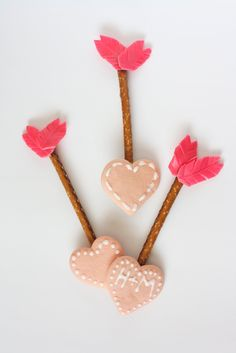 Edible Arrow Valentines