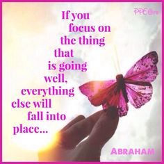 Focusing on the thing that is going well. #lawofattraction #quote #abrahamhicks http://www.lawofattractionhelp4u.com/