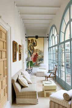 Sevilla home by Lorezo Castillo Best Interior, Home Interior, Luxury Interior, Custom Made Furniture, Furniture Design, Villa Ibiza, Modern Decor, Modern Design, Conservatory Design