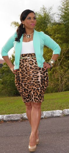 A leopard skirt is a classic & timeless piece to have in your wardrobe. This is such a classy, sexy look. It works well with Seriously Pink's Leopard pendant necklace.