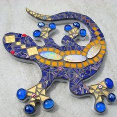 Mosaic Gecko Lizard Garden Ornament Folksy - Home Art Decor Mosaic Wall, Mosaic Glass, Mosaic Tiles, Stained Glass, Mosaic Artwork, Mosaic Crafts, Mosaic Projects, Mosaic Garden Art, Mosaic Rocks