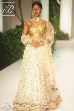 Meera & Muzaffar Ali bridal lehenga