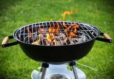 Keeping your barbecue clean will help prevent flare-ups and ensure that you're serving up tasty, succulent morsels instead of burned, ash-speckled messes.